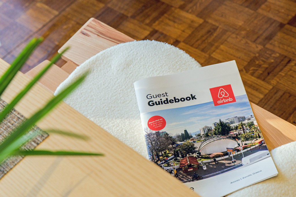 Guest Guidebook Airbnb, aus: Fairbnb statt Airbnb: Individuelle Unterkünfte für faire Städtereisen