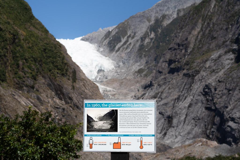 Bildtafel an der Stelle, an der das Eis 1960 endete.