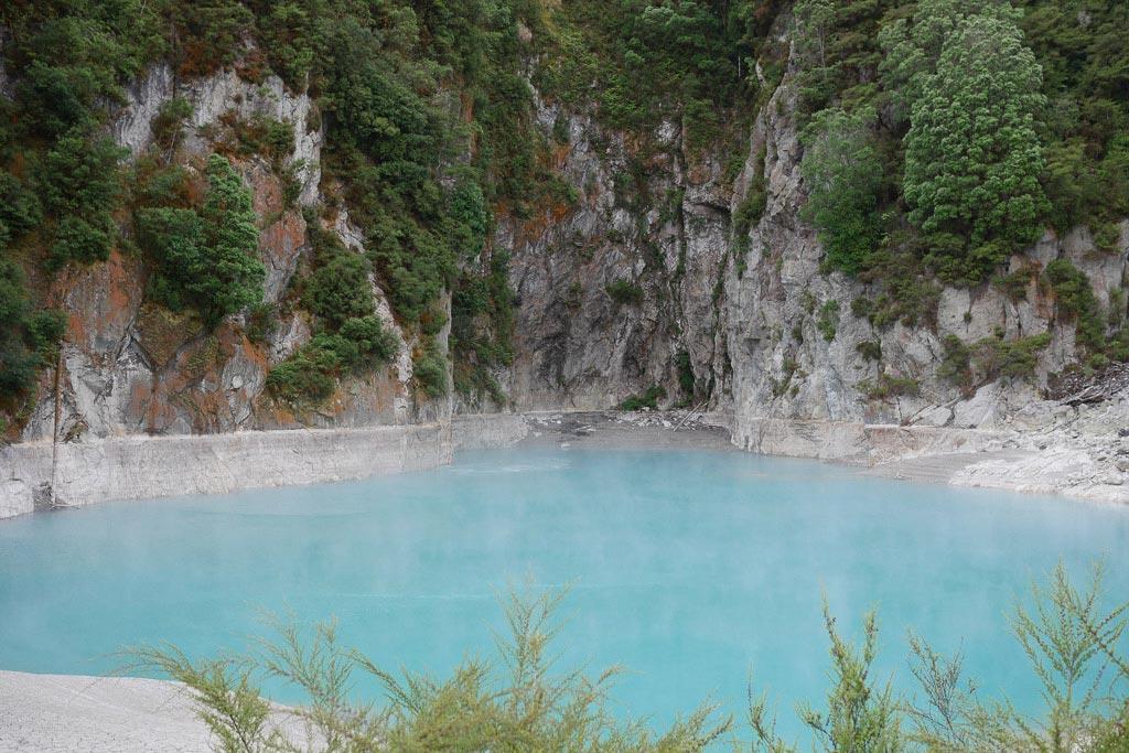 Der Kratersee im Inferno Krater