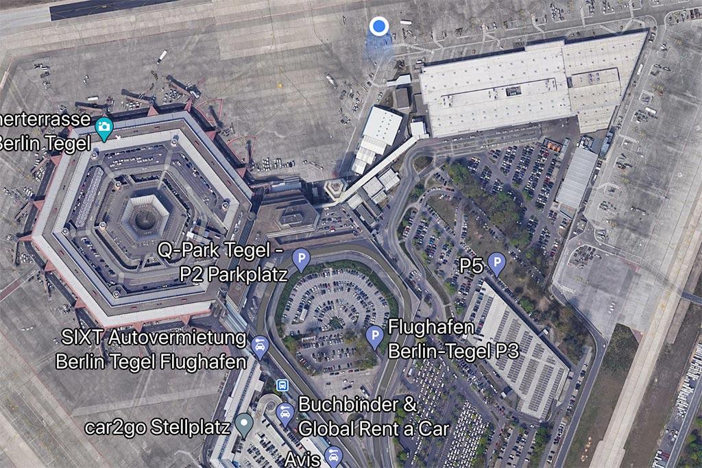 Luftbild von Flughafen Berlin Tegel.