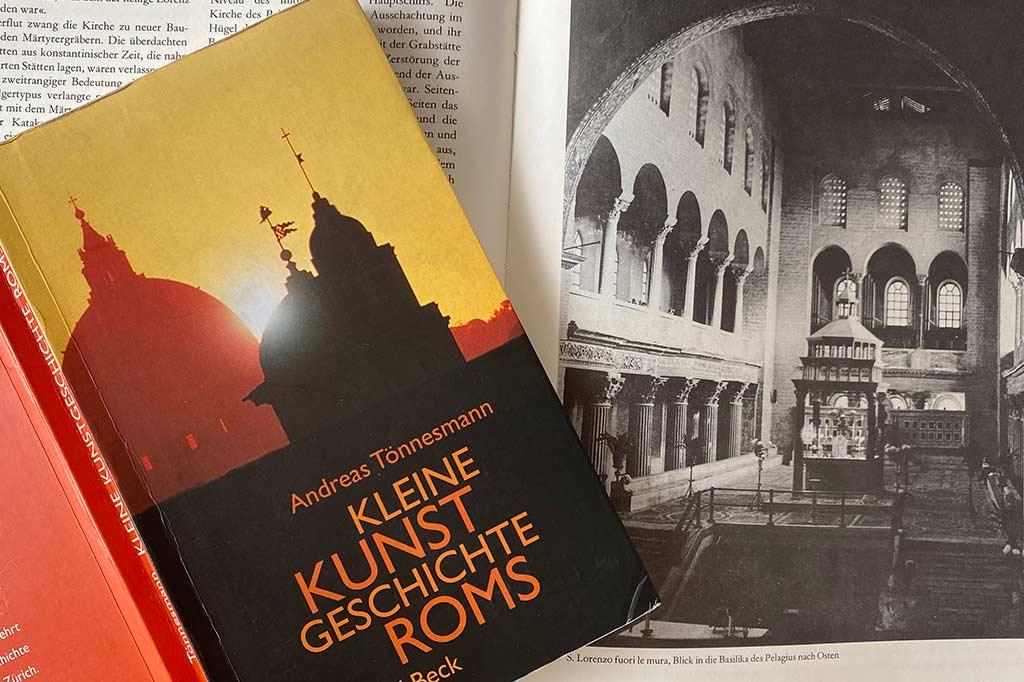 Cover von Büchern über Rom.