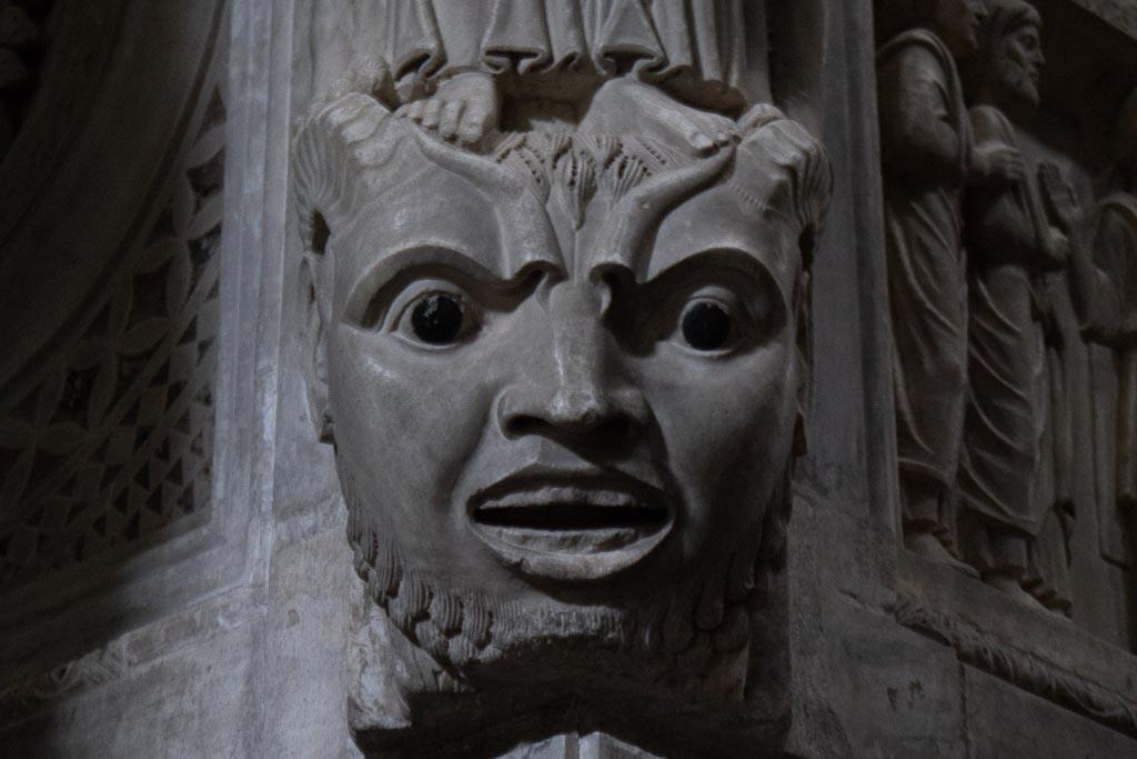 Detail der Kanzel in San Bartolomeo.
