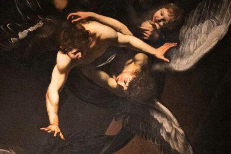Zwei Engel auf einem Gemälde von Caravaggio in Neapel.